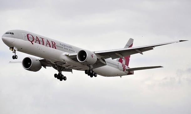Qatar Airways: Boeing 777-3DZ(ER)